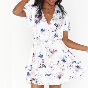 SHOW ME YOUR MUMU Shawna Floral Dress Med